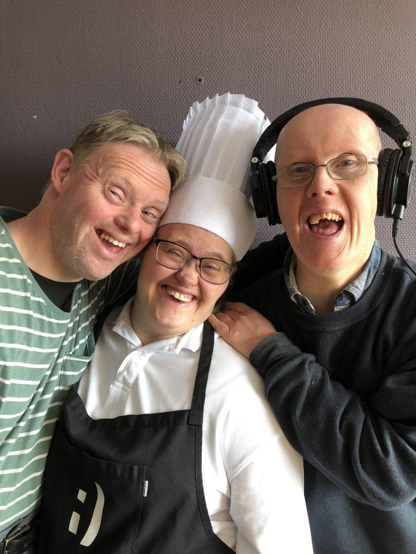 Egil, Sølvi og Jon Arne er med i Smipodden hos Smiløkka